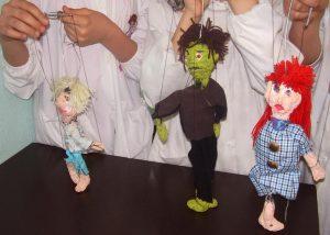 alessandra-odarda-marionette-scuola